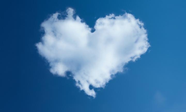 世の中重要なのはお金である! 大切なのは愛である